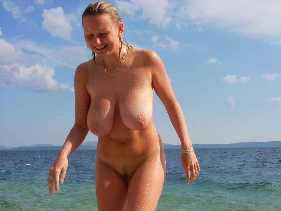 Big Tits nude