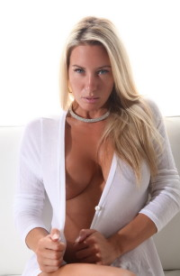 Big Tits scene : Big Tits nude pics